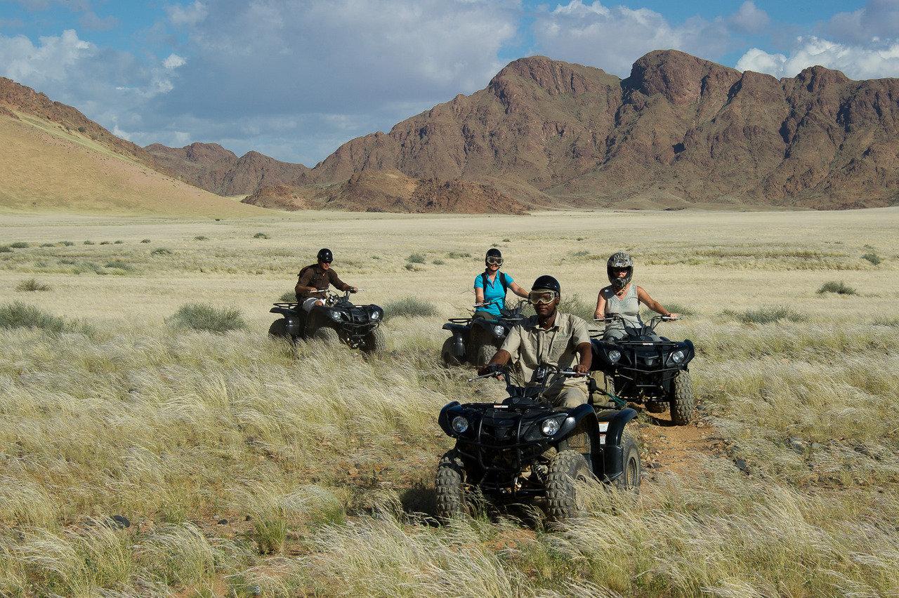 Namibia family safari4