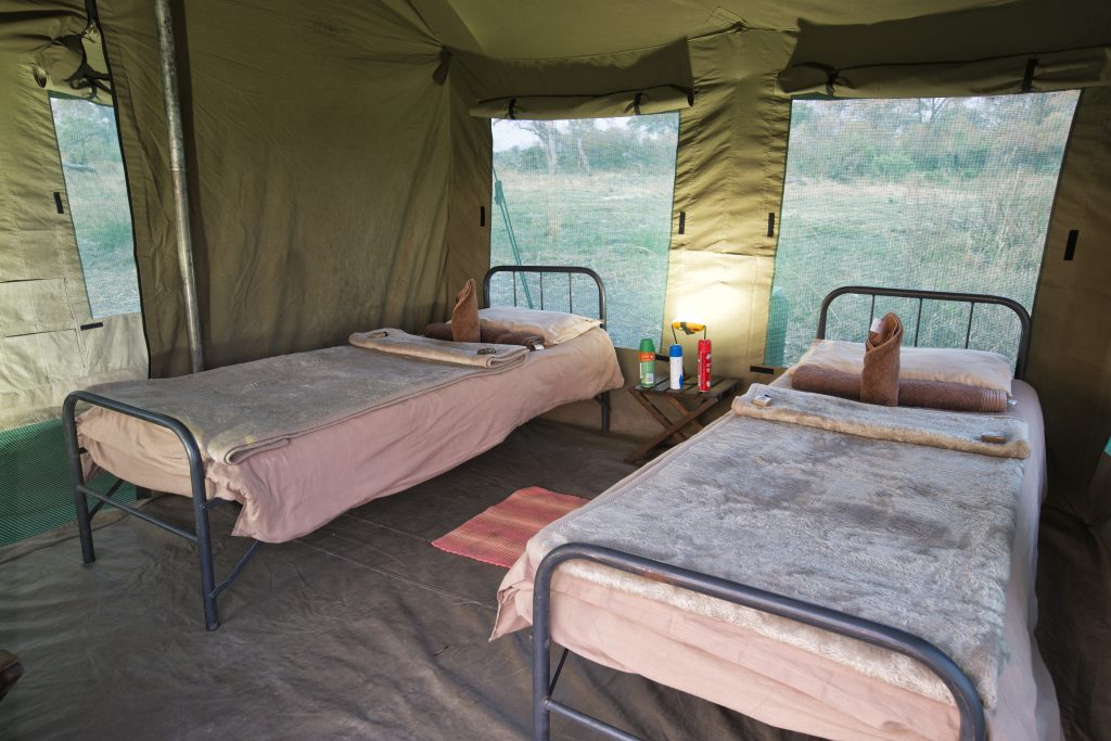 Endeavour en-suite tent bedroom