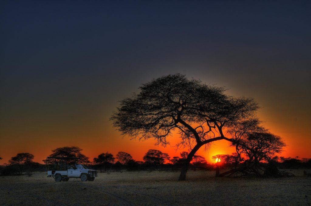 Leroo La Tau Sunset